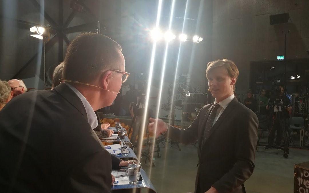Deltag i TV debat med kandidat Karsten Holt Larsen, Danmark Først, 2017